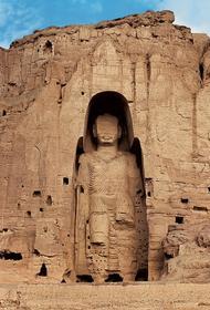 Бамианские статуи, разрушенные талибами, можно было назвать Восьмым Чудом Света