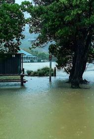 В Новой Зеландии в связи с наводнением объявили режим ЧП в нескольких районах