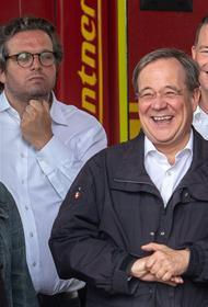 Лидер ХДС Лашет рассмеялся во время речи президента ФРГ о жертвах наводнения: «Это было неуместно, и мне очень жаль»