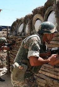 Перестрелка на границе Армении и Азербайджана продолжается, в Ереване отправлены в отставку военный министр и заместитель НГШ