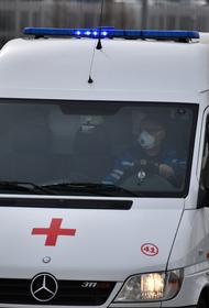 В Тюмени мальчик получил тяжелейшие повреждения при наезде Renault во дворе дома