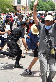 Президент Туниса Каис Саид ввёл в стране комендантский час до 27 августа