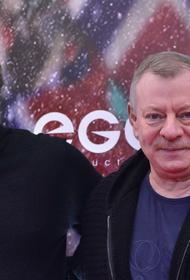 Актёр Вадим Андреев получил ушибы в ДТП с «КамАЗом» в деревне Рудины