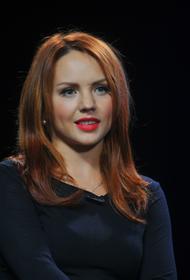 Менеджер МакSим Богушевская сообщила, что певице стало «получше»