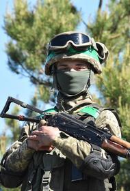 Ресурс Avia.pro: Украина высадила возле границы с Крымом несколько сотен десантников для проведения учений