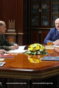Лукашенко поручил силовикам закрыть каждый метр госграницы Белоруссии, чтобы ни одна нога ступить не смогла