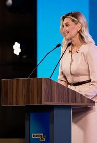 Супруга Зеленского заявила, что хотела бы получить официальный статус первой леди Украины и несколько помощников, как во Франции