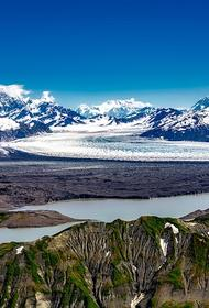 Шесть человек погибли в результате крушения экскурсионного самолета на Аляске