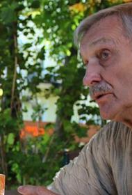 На Украине студентки обвинили преподавателя, звезду фильма «В бой идут одни старики» в домогательствах
