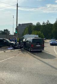 В Калужской области под Обнинском пять человек пострадали в ДТП с участием трёх автомобилей