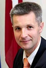 Министр обороны Латвии Пабрикс: Чтобы ни один нарушитель границы не поставил свою ногу на нашу землю