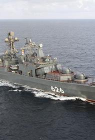 Российские боевые корабли СФ прошли вдоль берегов Великобритании в южном направлении