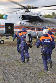 На дне Курильского озера обнаружили тела трех погибших человек, в том числе пилота, при крушении Ми-8