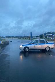 На трассе Новороссийск – Керчь движение автомобилей затруднено из-за сильного дождя и подтопления
