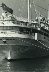 35 лет назад катастрофа с «Нахимовым» унесла жизни 423 человек