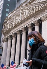 Более 120 000 заражений за сутки: коронавирус продолжает «захватывать» США, но тревогу пока не объявляют