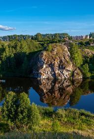 Синоптик Шувалов рассказал, что температурные рекорды отмечаются в Поволжье, на Урале и в прилегающих областях Западной Сибири