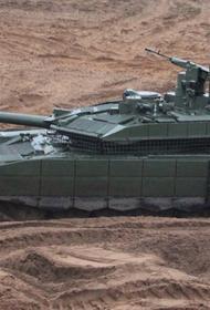 ЗВО отрабатывают тактику танкового боя с новыми машинами Т-90М «Прорыв»