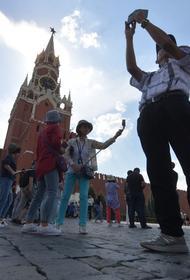 Россия оказалась на втором месте среди стран, куда хотели бы отправиться китайские туристы