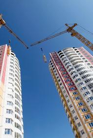 Более половины строящегося жилья россияне возводят самостоятельно
