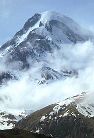 Среди пострадавших при сходе лавины на Казбеке — трое туристов из Украины
