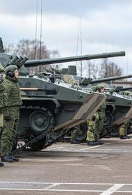В августе войска ЗВО получили около 100 единиц боевой техники и вооружений, а с начала года – более 700