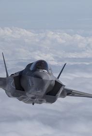 США перебросят на Аляску десятки F-35 в ответ на рекордную со времен холодной войны активность авиации России в районе штата