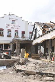 Меркель предупредила, что на восстановление пострадавших от наводнения регионов Германии уйдут годы