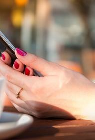 Аналитик Муртазин заявил, что смартфоны выгоднее всего покупать перед Новым годом