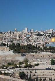Яир Лапид после переговоров с Сергеем Лавровым заявил, что Израиль не рассматривает вопрос о возвращении Голанских высот Сирии