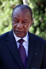 Президента Гвинеи Конде держат в номере отеля Noor