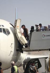 В посольстве РФ сообщили, что работа над организацией вывозных рейсов из Афганистана ведется