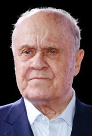Сегодня кинорежиссёру Владимиру Меньшову исполнилось бы 82 года