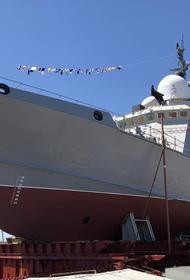 В Керчи спущен на воду МРК проекта 22800, носитель крылатых ракет «Калибр»