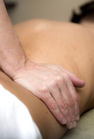 Травматолог-ортопед: чем опасен остеохондроз и как спасти спину