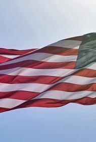 Американский сенатор Мёрфи заявил о важности инвестирования в проекты, направленные на борьбу с «угрозами» со стороны РФ и КНР