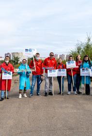 Акция по уборке мусора с берегов рек прошла в Волгограде