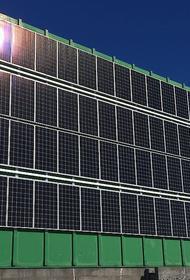В Антарктиде впервые на здание установили солнечные батареи