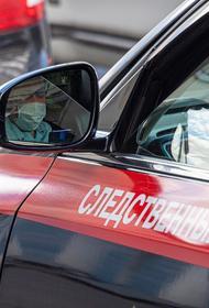 В Москве толкнули женщину под колеса электробуса