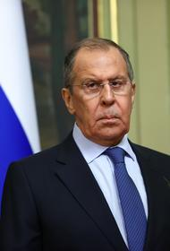 Лавров заявил, что взаимному признанию COVID-сертификатов между странами мешает политика