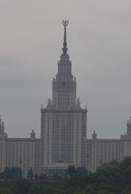 Отец девятилетней студентки МГУ  Алисы Тепляковой пожаловался на угрозы в ее адрес