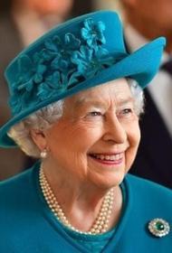 Английская королева Елизавета II собственноручно написала письмо школьникам из Севастополя