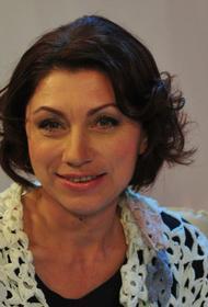 Сябитова призналась, что надеется на скорую выписку Гузеевой и ждет ее на съемках