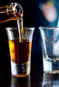 Пандемия увеличила количество алкоголиков в России