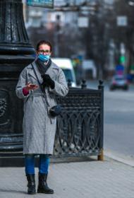 Челябинцам напомнили, как правильно носить медицинскую маску