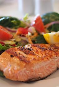 Диетолог назвала продукты, которые защищают суставы от болезней