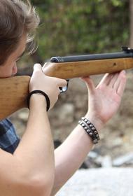 В Самарской школе тестируют камеры, которые могут распознавать людей с оружием