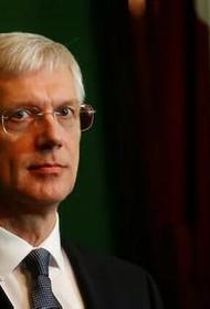 Премьер-министр Латвии: «Псевдополитики должны ответить за ситуацию в стране»