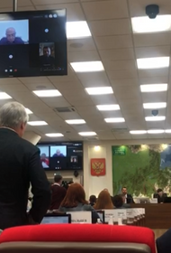Хабаровские депутаты сорвали заседание Закдумы