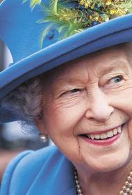 Королева Елизавета II держала в психушке двух своих кузин